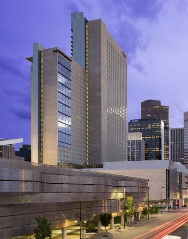 Denver airport to Hyatt Regency transportation services